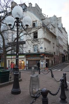 Place de la Contrescarpe And here is my market. I lived on bananas, pasta and palmeires.