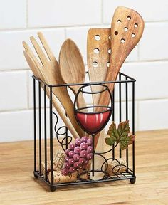 Wine Theme Kitchen Decor Is Becoming Very Popular Again Especially So Within The Last Couple Of Years Wine Themed Kitchen Decor Ranges From Elegant