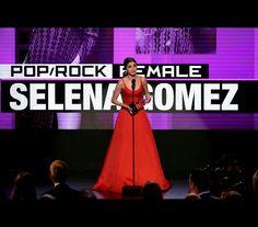 """Selena Gomes faz discurso emocionante """"Eu tinha tudo, mas estava completamente partida por dentro""""  https://angorussia.com/entretenimento/famosos-celebridades/selena-gomes-discurso-emocionante-tudo-estava-completamente-partida/"""