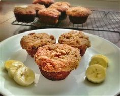 Banana and walnut wholewheat muffins (with protein powder)