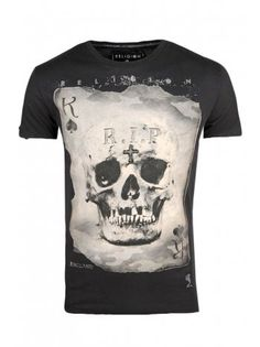 Religion Clothing T Shirt Skull Card In Jet Black At Serene Order. Religion Clothing Autumn Winter 2013 Trans Collection Now Available. Religion Clothing, Aesthetic T Shirts, Lacoste Men, Cool Tees, Printed Shirts, Cool Style, Graphic Tees, Mens Fashion, Anubis
