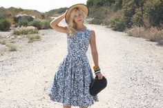 Vintage 50s Dress/ 1950s Cotton Dress/ Blue Floral Full Skirt Dress w/ Sequins XS