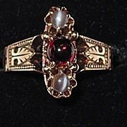 Victorian Rose Gold Garnet Moonstones Ring