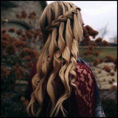 20 wunderschöne Wasserfall Frisuren: süße lange Frisuren #frisuren #lange #wasserfall #wunderschone
