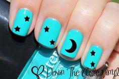 Sternen & Moon Nail Aufkleber Set von 80 von CoverItInVinyl