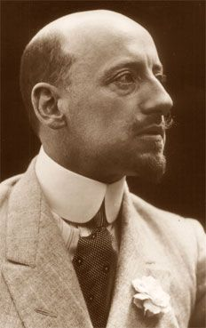 'Gabriele D'Annunzio: Poet, Seducer, and Preacher of War ...
