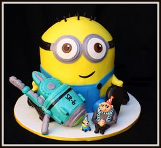 despicable me cake Cupcakes, Cupcake Cakes, Pastel Minion, Despicable Me Cake, Minion Cakes, Cake Pops, Movie Cakes, Fiestas Party, My Birthday Cake