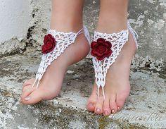 Hoi! Ik heb een geweldige listing gevonden op Etsy https://www.etsy.com/nl/listing/178266294/handmade-crochet-white-barefoot-sandals
