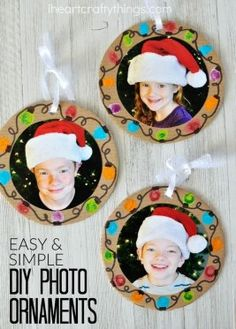 Make these DIY Christmas Photo Ornaments at home to give to grandparents or in the classroom for a present for Mom or Dad. Make these DIY Christmas Photo Ornaments at home to give to grandparents or in the classroom for a present for Mom or Dad. Christmas Gifts For Parents, Diy Christmas Gifts, Christmas Photos, Kids Christmas, Holiday Crafts, Simple Christmas, Classroom Gifts For Parents, Homemade Christmas, Christmas Crafts For Kids To Make At School