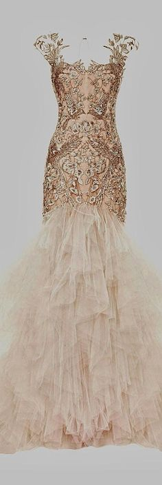 Vintage style gown by Marchesa... gorgeous.