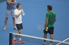 1D UPDATES SLOVAKIA @1DSlovakia_  #NEW #HQ | Harry playing tennis at Pat Rafter Arena in Brisbane - 20.10.2013