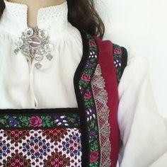#rukkastakk Lady Dior, Folklore, Gucci, Shoulder Bag, Traditional, Bags, Instagram, Fashion, Handbags
