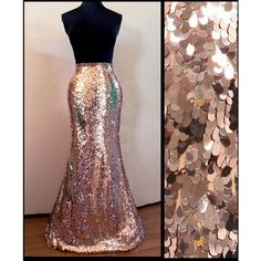 Rose Gold Oval Sequin Maxi Skirt ($85) ❤ liked on Polyvore featuring skirts, grey, women's clothing, long stretch skirt, floor length skirt, grey skirt, ankle length skirt and elastic waist skirt