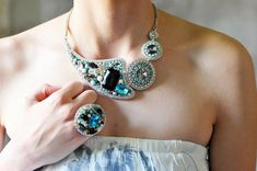 One of a kind statement necklace  can be made in a by Lottaart