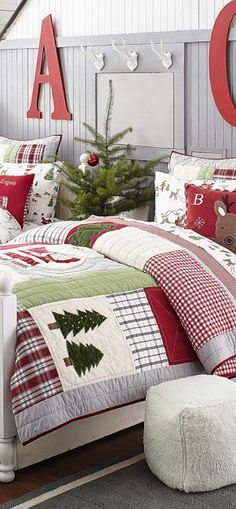 Elegant Interior Theme : Christmas Bedroom Decorating concepts December is the starting month of winter so what if we decorate our room with Christmas theme? Here are some amazing Christmas bedroom decor ideas for you to make your bedroom feel cosy! Log Cabin Christmas, Christmas Love, Country Christmas, Winter Christmas, Pottery Barn Christmas, Victorian Christmas, Beautiful Christmas, Vintage Christmas, Merry Christmas