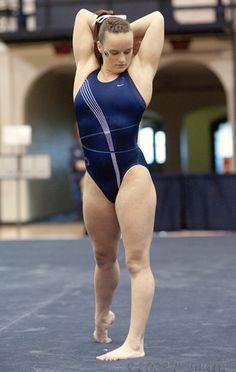Gymnastics Posters, Gymnastics Pictures, Sport Gymnastics, Olympic Gymnastics, Gymnastics Leotards, Swimming Photos, Gymnastics Flexibility, Amazing Gymnastics, Female Gymnast