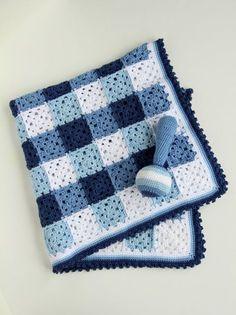 trata un patrón que le permite a esta manta de bebé de ganchillo y se sacudan a ti mismo  para el kit de ganchillo que incluye la lana necesaria para hacer la manta, haga clic en este listado en mi  tienda https://www.etsy.com/listing/115938235/crochet-kit-baby-blanket-and-rattle  para la manta terminada en contacto conmigo a través del botón de abajo    Con este patrón de la  serie de Holland: Delft Blue´ manta y traqueteo que empareja, crear el regalo perfecto personal para que el bebé…