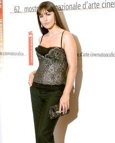 Monica Bellucci. Monica Bellucci Young, Monica Belluci, Iconic Dresses, Bond Girls, Italian Actress, Italian Beauty, Most Beautiful Women, Mannequin, Fashion Models