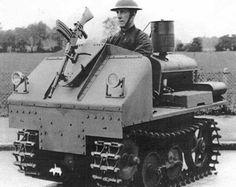 Vickers-Carden-Loyd Utility Tractor: experimento de um veículo blindado individual realizado em 1934.