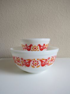 Pyrex Colonial Mist 402 Nesting Mixing Bowl by TrackTownVintage ...