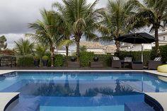 Open house | Tânia Ortega. Veja: http://casadevalentina.com.br/blog/detalhes/open-house--tania-ortega-3222 #decor #decoracao #interior #design #casa #home #house #idea #ideia #detalhes #details #openhouse #style #estilo #casadevalentina #balcony #varanda #piscina #pool