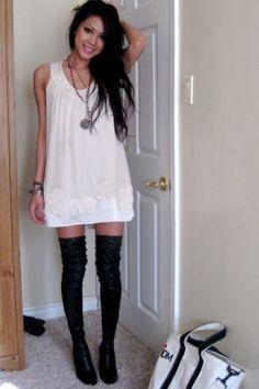 I love thigh high socks with casual dresses Mint Dress, White Dress, Dress Black, Foto Pose, Couture, Fashion Outfits, Womens Fashion, Fashion Tag, Fashion Socks