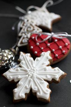 Beautiful display of Christmas cookies~❥
