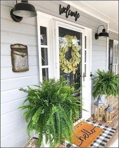 40 best modern farmhouse porch decorating ideas easy to managed 24 Modern Farmhouse, Farmhouse Decor, Farmhouse Homes, Porch Kits, Farmhouse Front Porches, Southern Front Porches, Balkon Design, Building A Porch, House With Porch