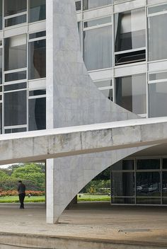 Palacio de Planalto 02 by weyerdk, via Flickr