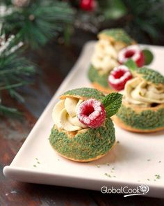 Shu Cakes – Culinary World about delicious and delicious … – Recipes Fancy Desserts, Delicious Desserts, Dessert Recipes, Choux Pastry, Pastry Cake, Eclairs, Food Crush, Beautiful Desserts, Weird Food