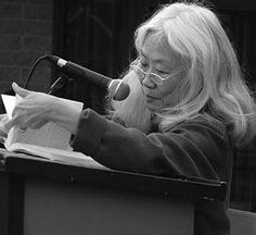 Maxine Hong Kingston Maxine Hong Kingston, Ageless Beauty, Women's History, Bob Dylan, Writers, Celebrities, Art, Art Background, Celebs