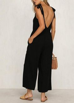 Sleeveless Sling V-Neck Tie Wide-Leg Pants Jumpsuits – MagCloset Summer Outfits, Casual Outfits, Look Chic, Wide Leg Pants, Capsule Wardrobe, Types Of Sleeves, Spring Summer Fashion, Dress To Impress, Jumpsuit