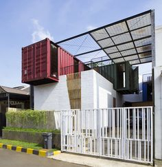 Four Shipping Containers Top This Rad Tropical Home | Curbed