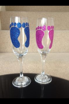 Baby foot prints glitter glasses