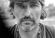 Dennis Hopper on the set of Apocalypse Now, 1977