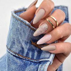 Semi-permanent varnish, false nails, patches: which manicure to choose? - My Nails Stiletto Nail Art, Cute Acrylic Nails, Matte Nails, Glitter Nails, Coffin Nails, Glow Nails, Black Nails, Swag Nails, Fun Nails