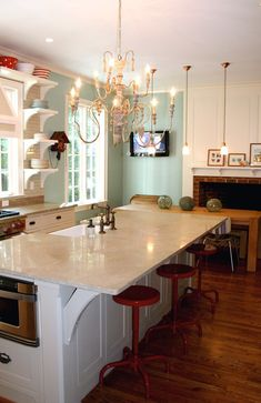 House of Turquoise: Wythe Blue kitchen chandelier and extra oven on the island.found a kitchen to pin. House Of Turquoise, Turquoise Kitchen, Turquoise Walls, Red Turquoise, New Kitchen, Kitchen Decor, Kitchen Ideas, Kitchen Island, Island Bar