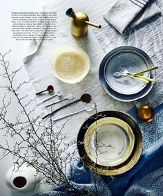 CONLEY & CO 'Net' woven cream linen bowl in the latest issue of BELLE Magazine. Belle Magazine, Tablescapes, Table Settings, Latest Issue, Plates, Cream, Awesome, Design, Photography