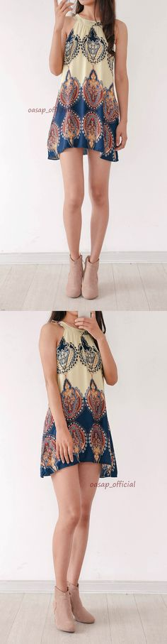 How can we possibly miss this #dress in #summer? That would be a giant loss! Appealing Printed Sleeveless Halter Mini Dress