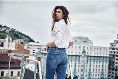Kampania jeansów inna niż wszystkie. W reklamie #MoreThanaBum (#WięcejNiżTyłek) znana marka podkreśla wartości kobiet, ktore wykraczają poza ich wygląd.
