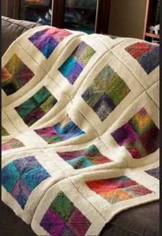 This would be lovely in wool patch work. - Best Knitting Pattern - This would be lovely in wool patch work. – Best Knitting Pattern This would be lovely in wool patch work. Loom Knitting, Knitting Patterns, Crochet Patterns, Patchwork Patterns, Knitted Afghans, Knitted Blankets, Cozy Blankets, Mitered Square, Square Blanket