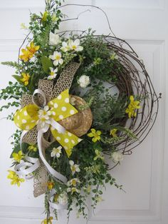 SPRING GARDEN Wreath Summer Wreath Mother's Day Wreath Yellow Wild Flowers Front…