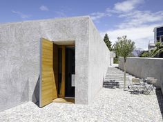 Wespi de Meuron Romeo architects, Hannes Henz · New house in Ranzo. Contemporary Architecture, Interior Architecture, Building Architecture, Home Interior Design, Interior And Exterior, Modern Entry, Brick And Stone, Elegant Homes, House Ideas