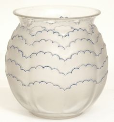 Lalique vase by loulouhui