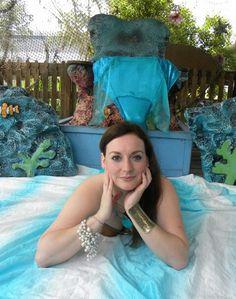 Professional mermaid Kelly Green  Boise, Idaho  Trained at Weeki Wachee springs, Florida Siren camp Siren sightings  https://www.facebook.com/SirenSightings