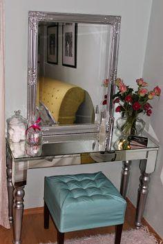 Atize, DIY, handmade, design, prerábanie nábytku: KOZMETICKÝ STOLÍK - ZRKADLOVÝ prerábka