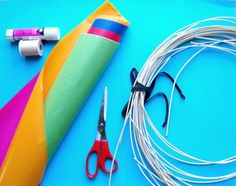 DIY Kite - action reaction force pairs after CRCT Projects For Kids, Diy For Kids, Crafts For Kids, Arts And Crafts, Diy Crafts, Kite Building, Kites For Kids, Kite Making, Go Fly A Kite
