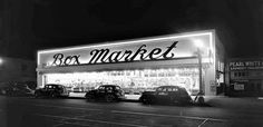 If I'd lived anywhere near Box Market at 1532 W. Whittier Boulevard back in (May of) 1939 (when this photo was taken) I'd have shopped there, if only for their eye-catching signage alone! This style of lighting store signs was so effective, I'm surprised more people don't do it.