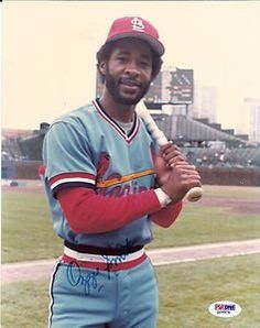 OZZIE SMITH AUTOGRAPHED 8 X 10 CARDINALS PHOTO BATTING PSA /DNA . $64.99. THIS IS AN AUTOGRAPHED OZZIE SMITH 8 X 10 PHOTO IN A CARDINALS UNIFORM.,IT IS SIGNED IN BLUE SHARPIE.,PSA /DNA CERT # Q 29574,PLEASE CHECK SCAN,THANK YOU