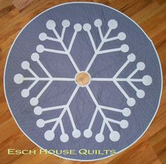 Snowflake Tree Skirt PDF quilt pattern by EschHouseQuilts on Etsy, $9.00
